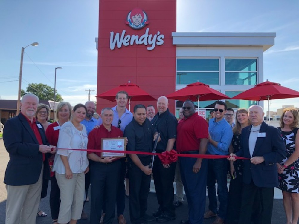 Ardmore Chamber Event - Wendy's Ribbon Cutting